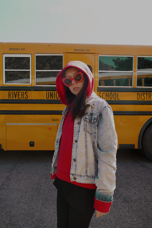 somemoemnt hoodie3